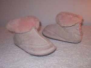 UGG Australia  Boo Baby Pink BOOTS 5206 L 18-24 Months