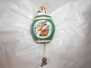 Bradford Editions ,Winnie the Pooh,Christmas,Holiday, Ornament