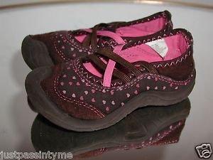 OSH KOSH B'GOSH Girls Brown & Pink Hearts Slip On Style Close Toe Shoes 7M