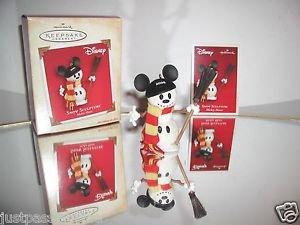 Hallmark Keepsake Disney,Mickey Mouse Snow Sculpture Snowman,Ornament,New In Box