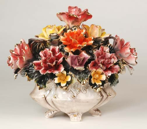 Capodimonte Reproduction Floral Centerpiece