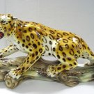 Capodimonte Leopard on Log