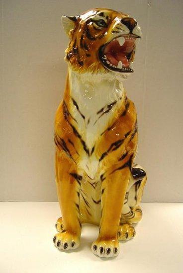 Capodimonte Sitting Tiger