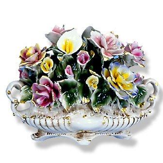 Capodimonte Flower Centerpiece W/ Lily