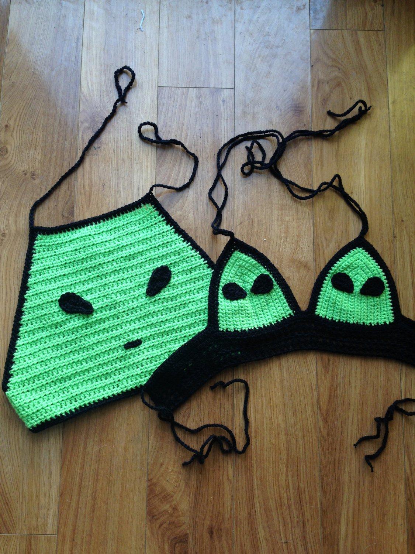 Alien Crop Top Set