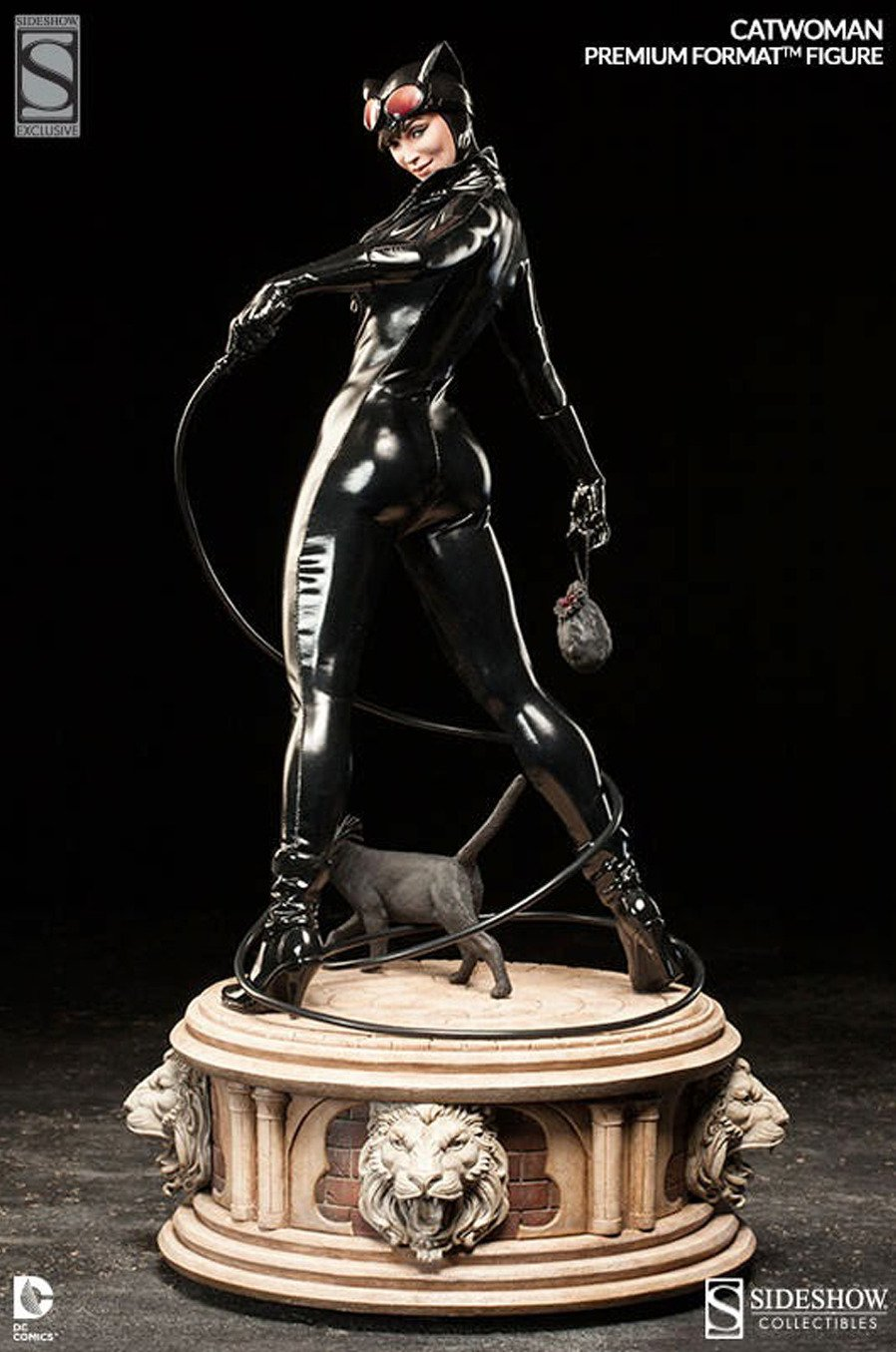 Catwoman Premium Format Figure Statue Sideshow Exclusive