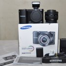 Samsung NX1000 20.3 MP Digital Camera - Black w/ 20-50mm f/3.5-5.6 ED II Lens