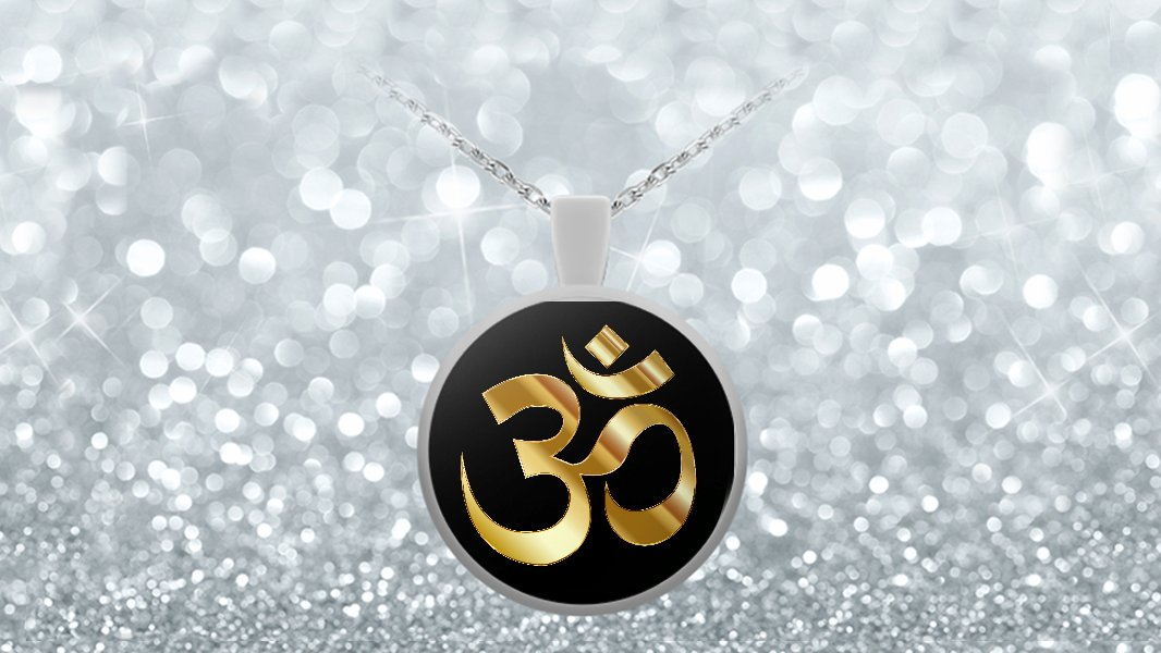 Golden Om Symbol - Round Pendant Necklace