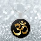 Golden Om Symbol - Round Pendant Necklace