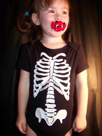 Black Skeleton print onesie size 18 months