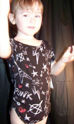 I love PUNK ! Infant onesie by Freeze Vintage size 6-12 months
