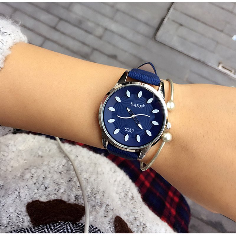 Fashion Women Ladies Simple Style Leather Strap Analog Quartz Chic Wrist Watches
