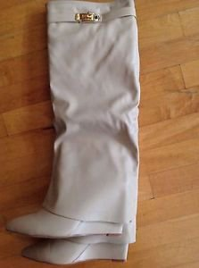 Cape Robin Zoto Nude Fold Over Bootie Wedge Heel Size 10 New in The Box