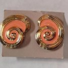 Avon Vintage Gold Tone Sea Shell Clip On Earrings with Pink/Peach Enamel