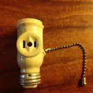 Eagle Socket Plug Adapter 660W - 125V With Pull Chain
