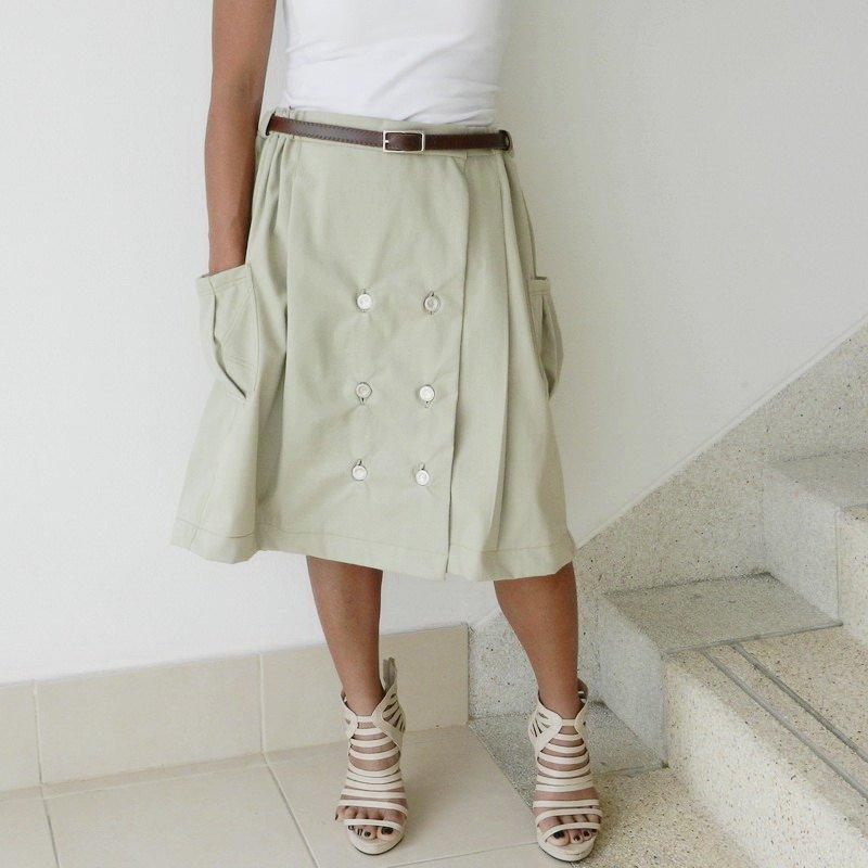 "36"" Soft Cotton Ladies Khaki Steampunk Kilt Skirt Pleated in Velcro Wrap Style"