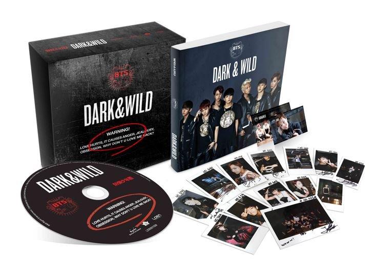 BTS - DARK&WILD (Vol. 1) CD+2 Photocards+Photobook with Extra Photocards Set