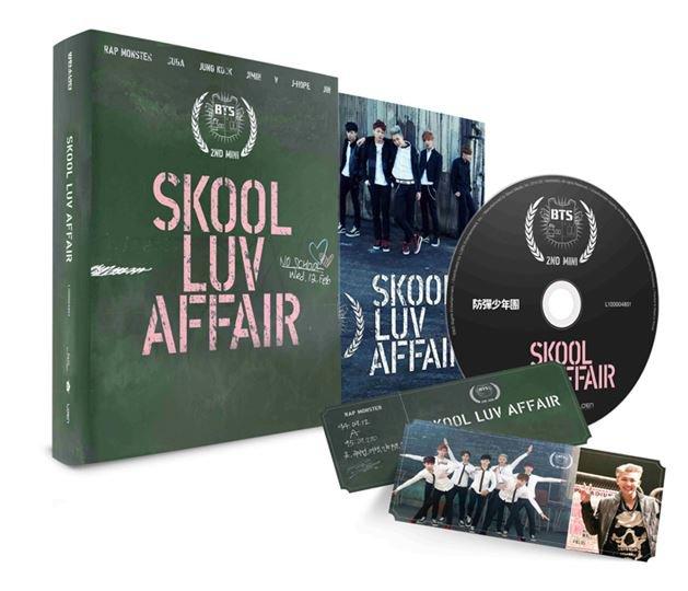 BTS-[SKOOL LUV AFFAIR] 2nd Mini Album CD+Photo Card+115p Booklet K-POP Sealed