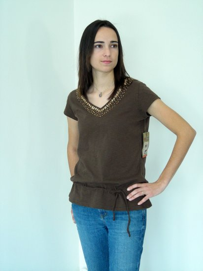 NWT Ruff Hewn Wood Beaded V-Neck T-Shirt Cacao Brown Small