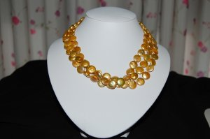 Tripple Strand Coin pearl Necklace N1061