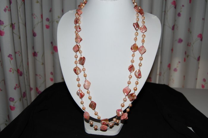 Pink Single Strand pearl with shell N1148
