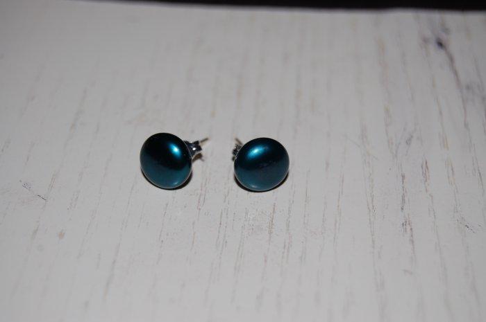 9 mm post earring