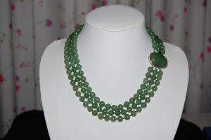 Triple Strand Jade necklace N1083