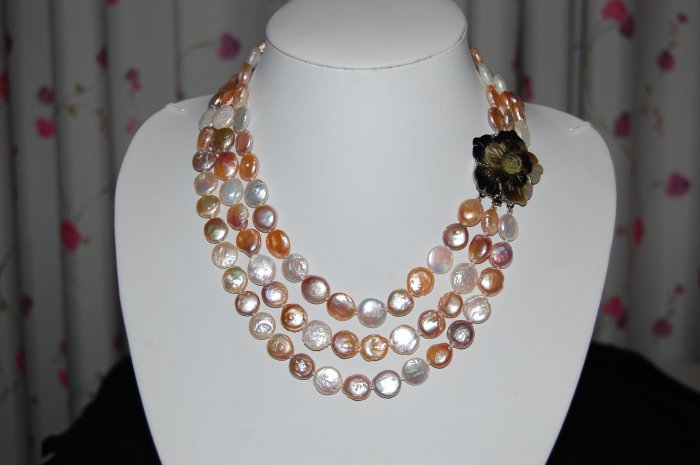 Multi Color Graduated Coin Pearl Necklace N1019