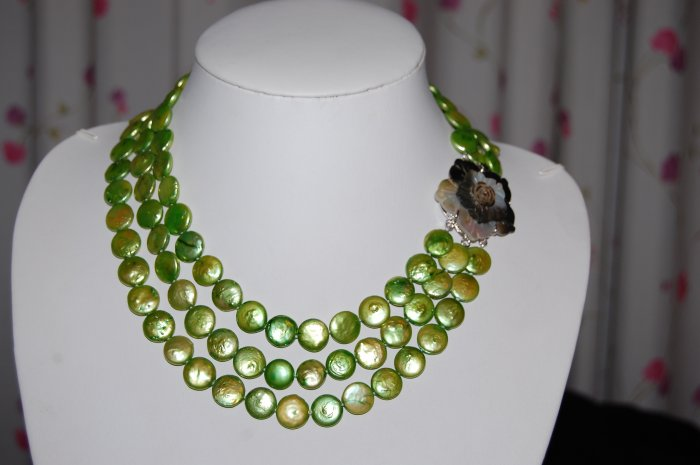 Green Graduated Coin Pearl Necklace N1019