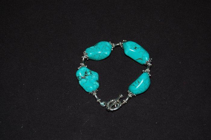 Chunky Turquoise Bracelt w/ Bead B1153