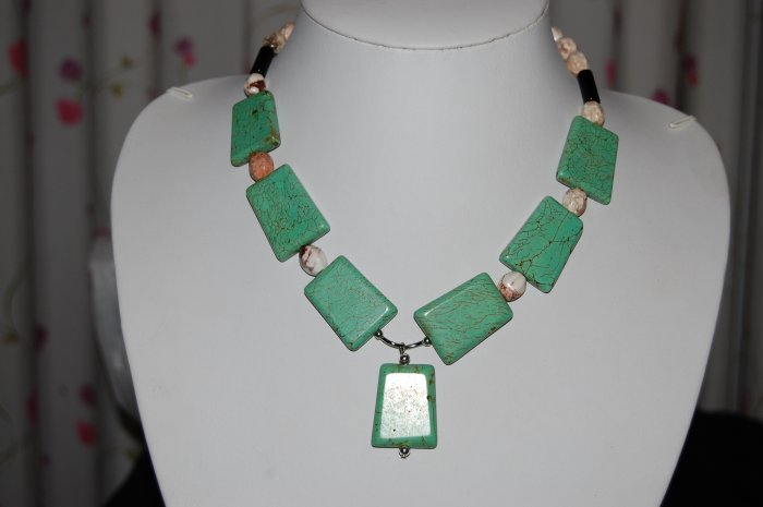 Stone and Bead Necklace N1160