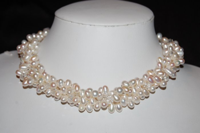 4 strand Zig Zag Pearls with crystals N1173