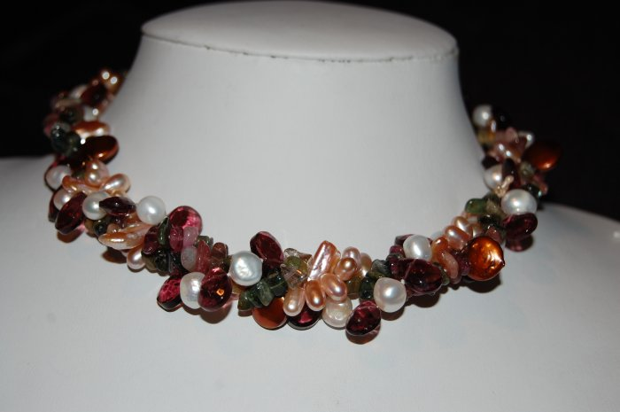 Pearls with stones N1175