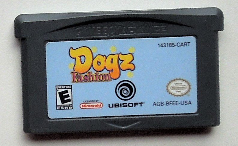 2006 Ubisoft Dogz Fashion For The Game Boy Advance & Nintendo DS Game systems