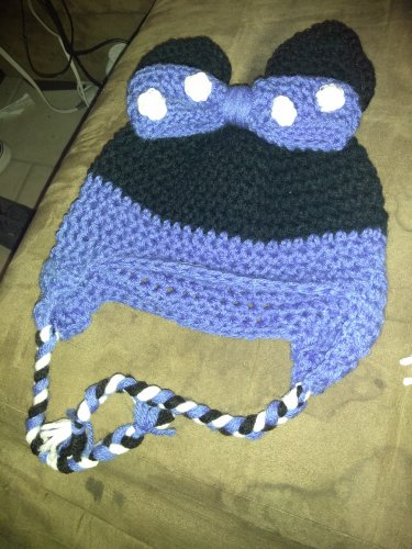 Mouse ears with bow beannie hat