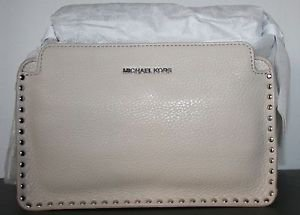 NWT~MICHAEL MICHAEL KORS ASTOR STUDDED  LEATHER LARGE MESSENGER BAG CEMENT $348
