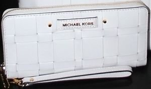 NWT MICHAEL KORS VIVIAN TRAVEL CONTINENTAL WRISTLET WALLET CLUTCH  LEATHER