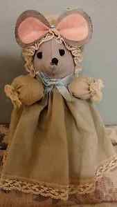 Vintage Handmade Decorative Lady Mouse Tissue Holder Display 7 inches