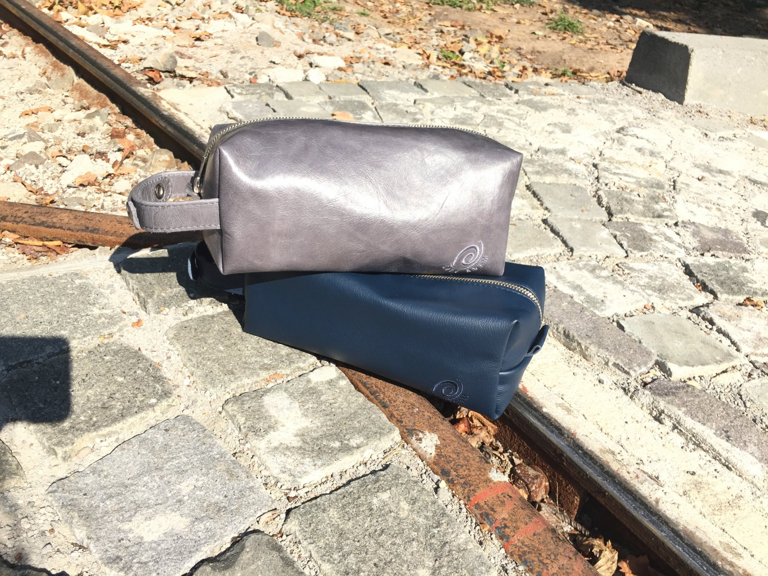 Grey Leather toiletry bag Dopp kit durable leather/ personalized gift/ grey leather bag