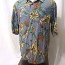 Reyn Spooner Hawaiian Camp Shirt Men's Medium Flower Print Coconut Button
