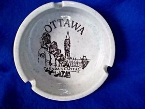 """Smokers Tray Cigarette Pottery 4"""" Round  Canada Windsor Gray Vintage"""