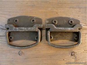 PAIR OF ANTIQUE STYLE HEAVY DUTY IRON BOX CHEST COFFER HANDLE LIFTING PLATE BH4