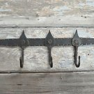 HAND BEATEN WROUGHT IRON WALL HOOK RACK ANCIENT ENGLISH SPEARHEAD DESIGN SP1