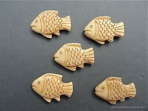 SET OF 5 BEAUTIFUL HANDCARVED FISH PENDANT OJIME BEAD NECKLACE