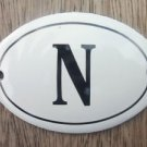 SMALL ANTIQUE STYLE ENAMEL DOOR LETTER N SIGN PLAQUE HOUSE FLAT FURNITURE LETTER
