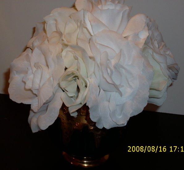 One Dozen White Roses in Black and Gold Short Vase