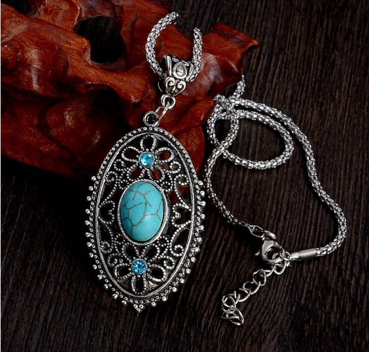Women Elegant Flower Pendant Necklace Hollow Alloy Crystal Turquoise Long Necklace Sweater Chain