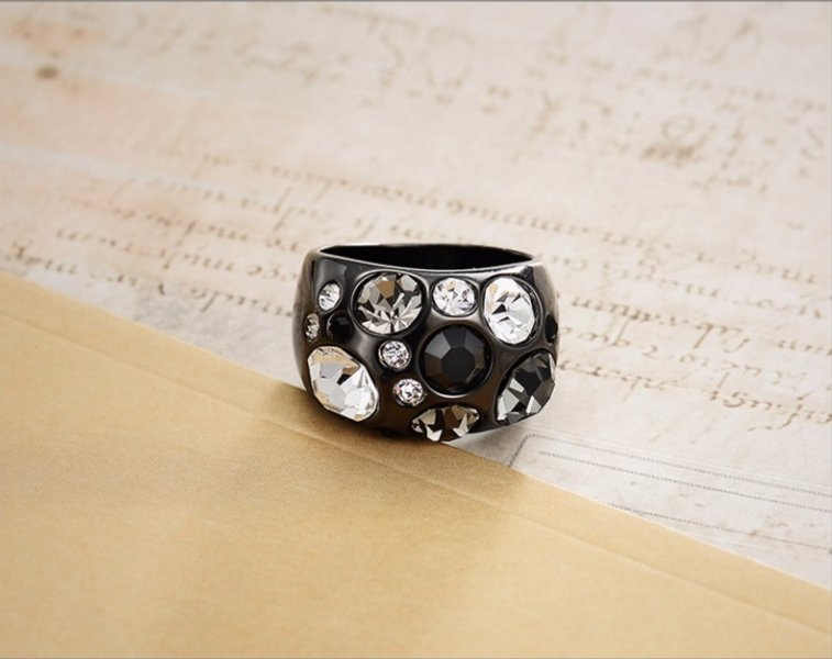 Vintage Black Gun Plated Size Rings for Women Multicolor Rhinestones Paved Female Finger Ring