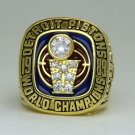 In 1989 the Detroit pistons basketball championship ring size 8 to 14
