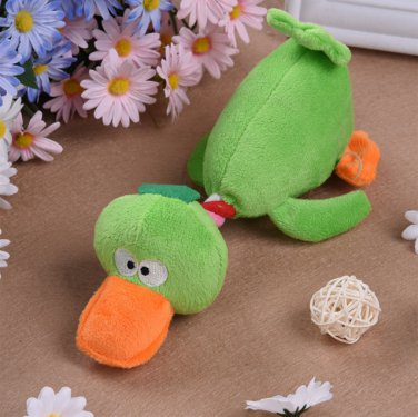 Pet Puppy Dog Toys Plush Duck Shaped Sound Squeaker Chewing Toys (Green)